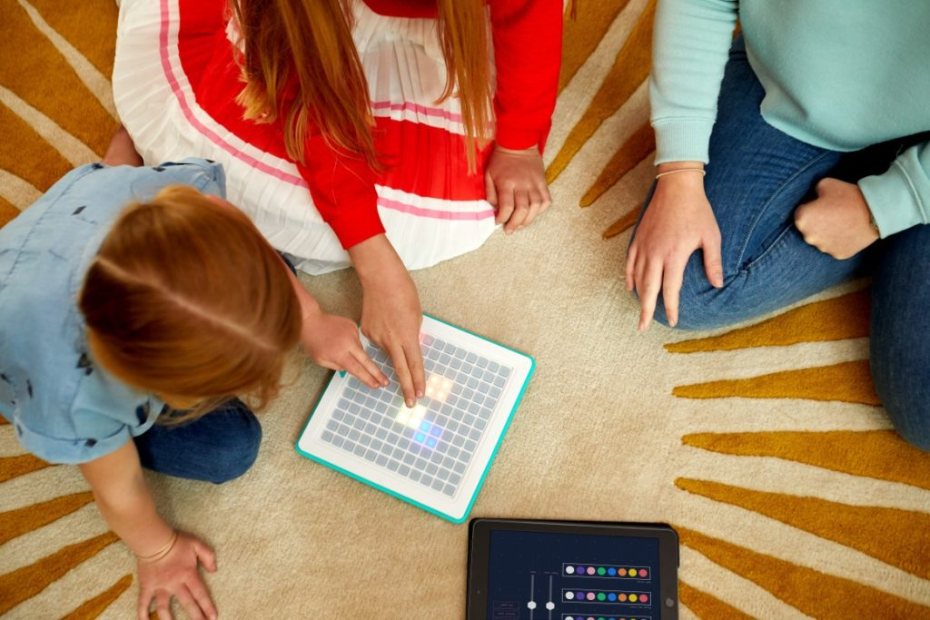 Arcade Coder Educates Children To Develop Games For The Entire Family